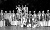 El grupo Carmesí triunfa en el Festival de Teatro de Regina con la representación de la obra Antígona