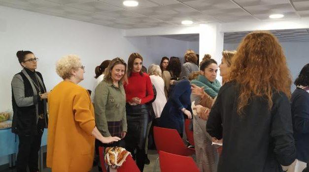 Más de 60 mujeres se reúnen en la Antigua Cámara Agraria de Moraleja para fomentar el emprendimiento laboral