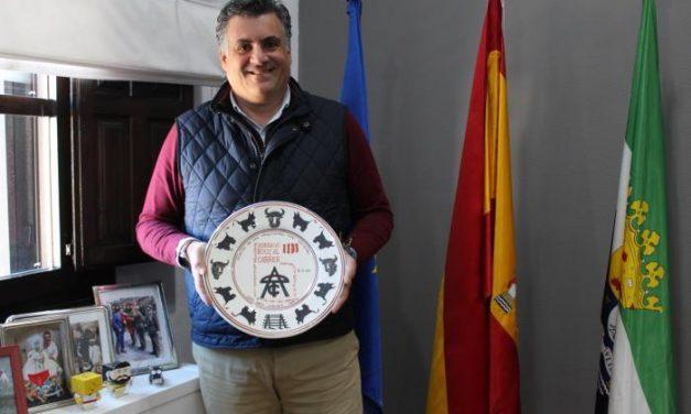 Los Sanjuanes de Coria reciben un galardón en Valencia por su tradición y defensa taurina
