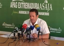 """APAG Extremadura Asaja asegura que seguirá """"apretando"""" con una protesta frente a la casa de Iglesias"""