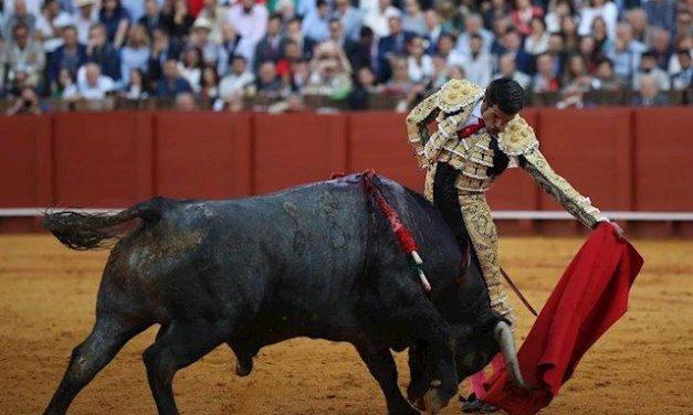 El matador torrejoncillano Emilio de Justo debutará el lunes en una corrida de toros en Ecuador