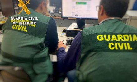 Cuatro detenidos por estafar más de 100.000 euros a través de una aplicación de teléfono móvil