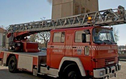 Una mujer sufre quemaduras de primer y segundo grado tras un incendio en una vivienda en Montehermoso