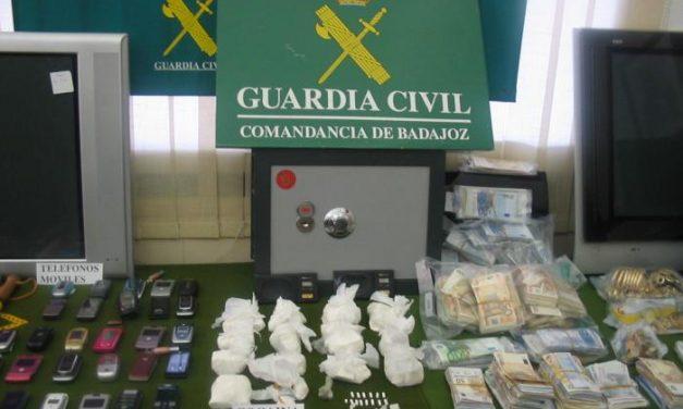 Detenidas tres personas relacionadas con el tráfico de drogas en Montijo, Fuente de Cantos y Olivenza