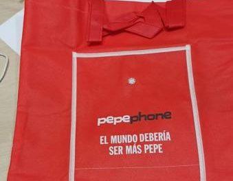 Aioshop Moraleja dona material para hacer 250 mascarillas de protección con bolsas de regalo