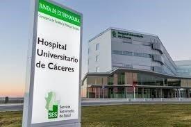 El Hospital Universitario de Cáceres amplía 13 puestos más de UCI y alcanza un total de 40