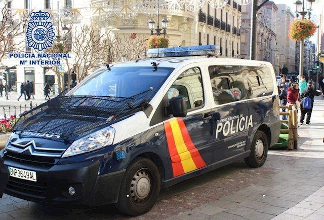 La Policía Nacional evita la muerte de un hombre que se había autolesionado en Badajoz