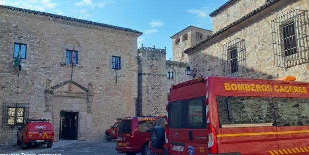 Así desinfectarán los bomberos de la Diputación de Cáceres las residencias y pisos tutelados de mayores