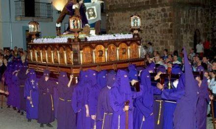 Semana Santa en Acebo: ni procesiones, ni trompetas, ni tambores. Recogimiento y fé a través de la megafonía
