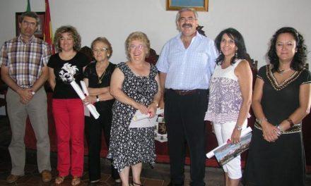 Rosa María López Casero gana dos de los tres premios del I Concurso de Decoración del Casco Histórico de Coria