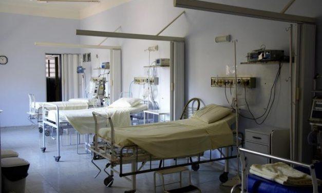 Diecisiete positivos de Vegaviana precisan ingreso hospitalario
