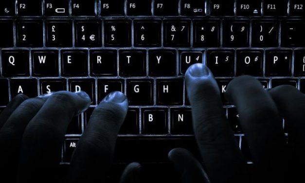 La Junta compra más de 1.200 ordenadores  para posibilitar el teletrabajo de sus empleados públicos