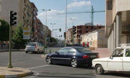 El Ayuntamiento de Coria es pionero en España al recibir 435 ópticas de semáforos valoradas en 100.000 euros