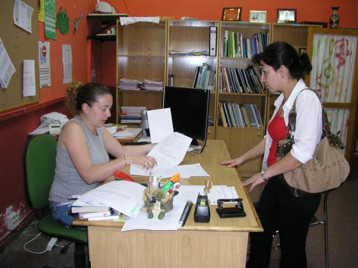 La Oficina de Información Juvenil de Coria ofrece, por primera vez, varios modelos del carnet para jóvenes
