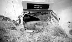 El vuelco de un camión deja a una persona herida en la barriada de Cantarranas en la ciudad de Mérida