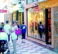 Roban en la tienda de moda Chambra de Almendralejo toda la ropa de la nueva temporada de invierno