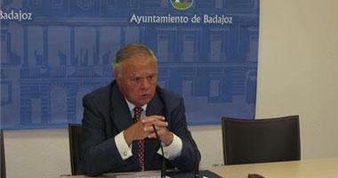 Celdrán dejará el Consejo de Grandes Ciudades si no se concretan los plazos para los proyectos de Badajoz