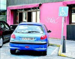 La Concejalía de Tráfico de Mérida crea un archivo para controlar los aparcamientos de minusválidos