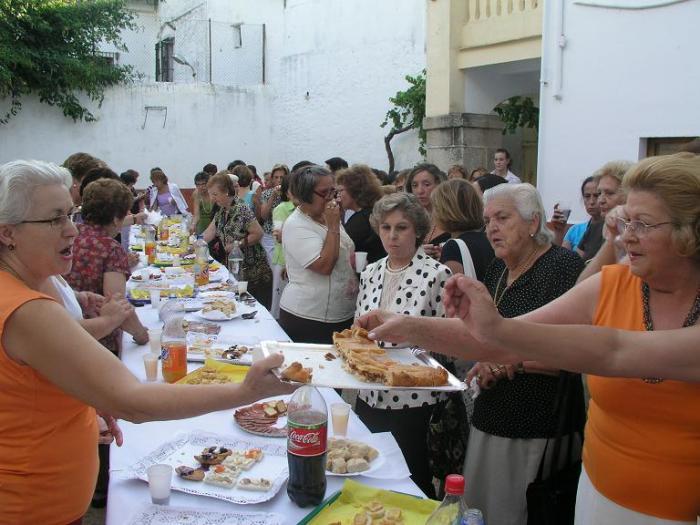 Las asociaciones de mujeres y amas de casa de Coria abren el curso y harán talleres y excursiones