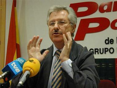 El PP extremeño propicia encuentros entre los candidatos para conseguir una lista de integración