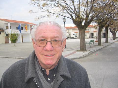 Luto oficial en Tiétar tras la muerte del sacerdote Emilio Sánchez Soto que dedicó más de 40 años a los demás