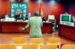 Condenado a 7 meses de cárcel un oficial de la Policía Local de Cáceres por un delito de amenazas