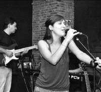 La placentina Irene Vera hará una gira por España y saca su primer disco al mercado con el título Vendrán Días