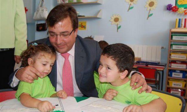 Inauguran en Romangordo un colegio con 14 alumnos después de haber estado 20 años sin escuelas