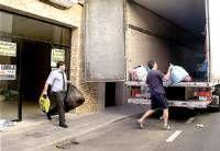 Coria y tres pueblos de la comarca del Valle del Alagón recogen un total de 4.000 kilos de ropa para Perú