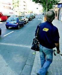 La policía local intensifica los controles diarios hasta el domingo para vigilar el tráfico en las calles de Mérida