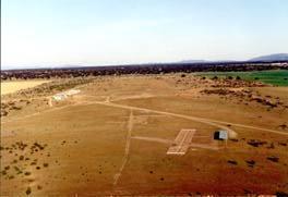 Una avioneta se estrella en el aeródromo de La Cervera en Cáceres y el único ocupante está herido