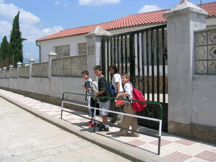 La Policía Local de Mérida acompañará a su domicilio a los alumnos que estén fuera de clase en horario lectivo