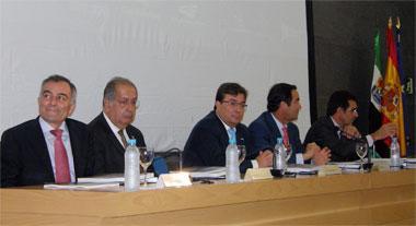 Vara señala que las relaciones con Portugal deben pasar de la colaboración a la cooperación