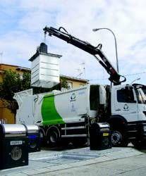 La empresa Urbaser incorpora al servicio de limpieza de Villanueva de la Serena cinco vehículos