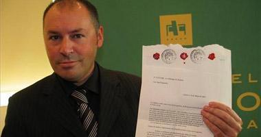 La Fiscalía solicitó hace año y medio que se prohibiera a Carlos Santillana ejercer la profesión médica