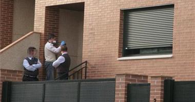 Los cadáveres del hombre y la mujer hallados en Cáceres no tienen heridas de arma blanca o de fuego