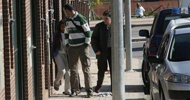 La policía interroga a la asistenta y a conocidos del entorno del matrimonio asesinado en Cáceres
