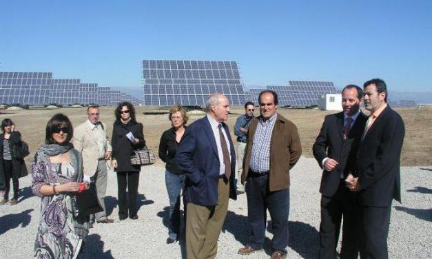 La Comarca del Campo Arañuelo estrena tres plantas solares fotovoltaicas en Belvís, Tiétar y Almaraz