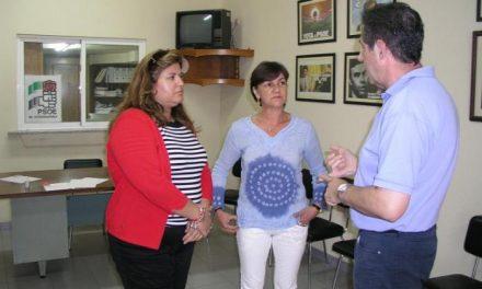 Fabia Moreno Santos es reelegida por unanimidad secretaria general del partido socialista en Coria