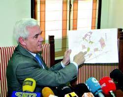 El concejal Felipe Vela se ofrece a votar el nuevo PGM de Cáceres con el PP para desbloquear su aprobación