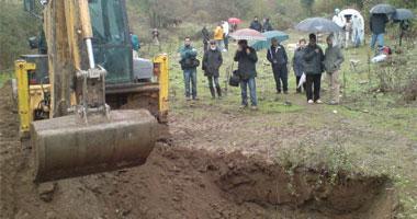 Comienzan las primeras excavaciones en una fosa común de la Guerra Civil en Villanueva de la Vera