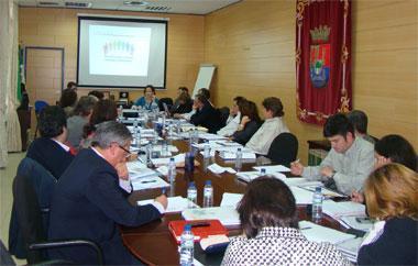 La Junta de Extremadura y los agentes sociales potenciarán la conservación del empleo