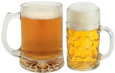 Un estudio de la Uex demuestra que la ingesta de vino y cerveza previene la osteoporosis masculina