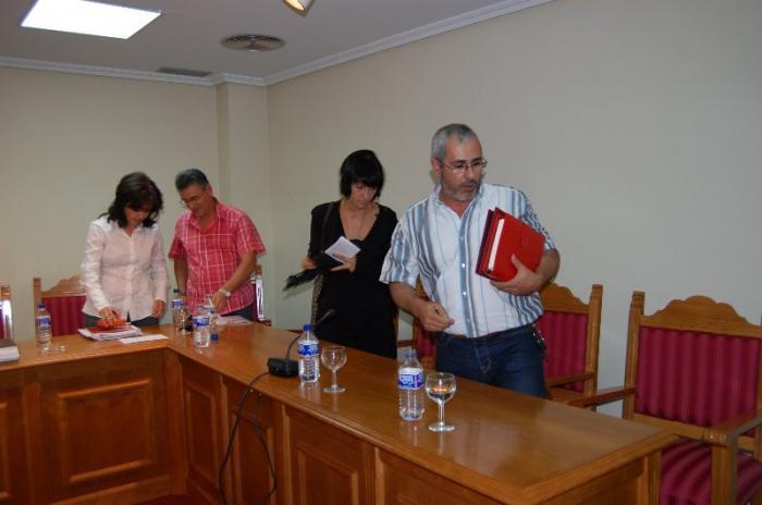 El PSOE de Moraleja anuncia que impugnará el pleno del lunes en el que tomo posesión Jaime Vilella
