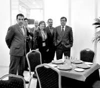 Guillermo Fernández Vara inaugura en Don Benito un nuevo hostal que oferta un total de 16 habitaciones