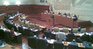 El presupuesto general de Extremadura apuesta por el empleo y el mantenimiento de los servicios públicos
