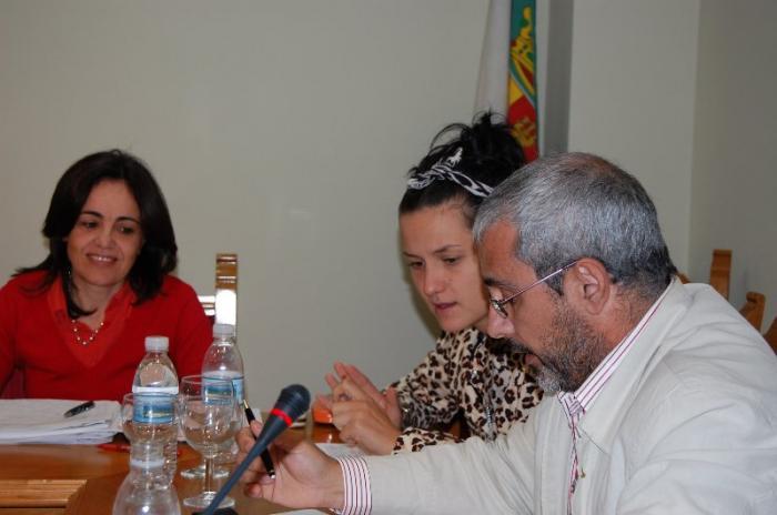 El PSOE de Moraleja recomienda a la alcaldesa que perite todas las empresas que trabajan para el consistorio