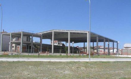 Navalmoral de la Mata urbanizará la zona del nuevo pabellón polideportivo cubierto y la Calle Azalea
