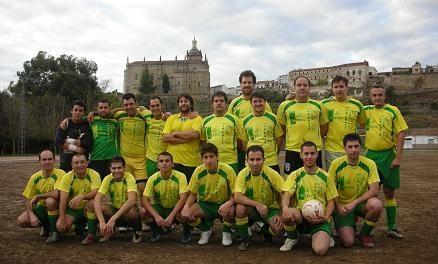 Un total de 306 futbolistas juegan en los campeonatos de la Liga Local de Fútbol de Aficionados y Veteranos