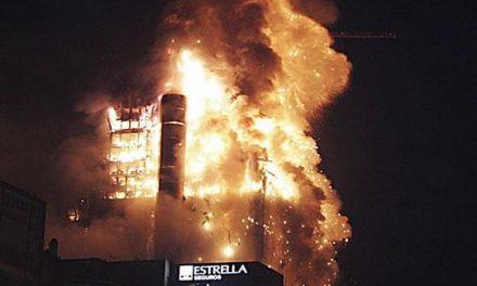 Una empresa extremeña se encarga de la prevención de riesgos en la demolición del Windsor de Madrid